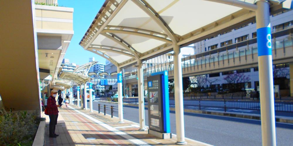 新那覇バスターミナル 国道330号線沿いバス停