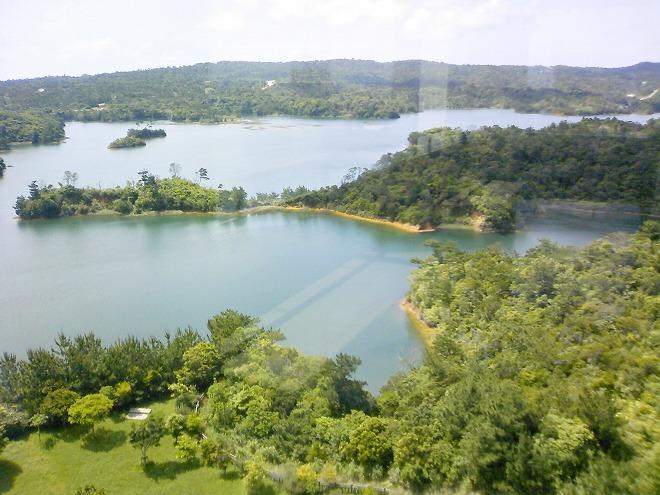 沖縄県 うるま市 倉敷ダム公園 展望台からの景色
