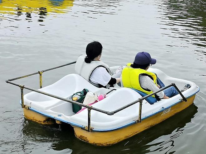 沖縄市・沖縄県総合運動公園・県総ボート遊び 二人乗り用のボート
