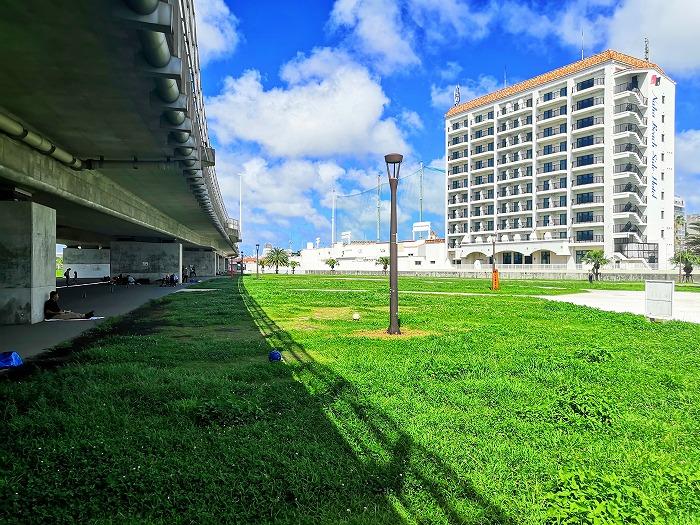 那覇ビーチリゾート「波の上緑地」と「那覇ビーチサイドホテル」