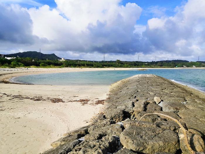 沖縄県金武町 伊芸海浜公園 伊芸ビーチの離岸堤に挟まれたエリア