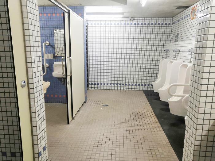 沖縄県金武町 伊芸海浜公園のトイレ