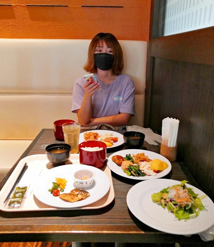 アパホテル京成成田駅前の1階レストランでの朝食