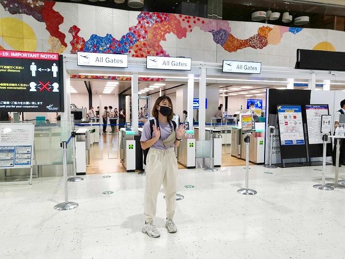 成田国際空港 第2ターミナルから台湾へ留学の為出国する娘ちゃん